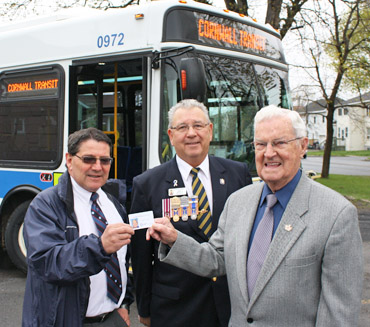 Veterans receive a free bus pass